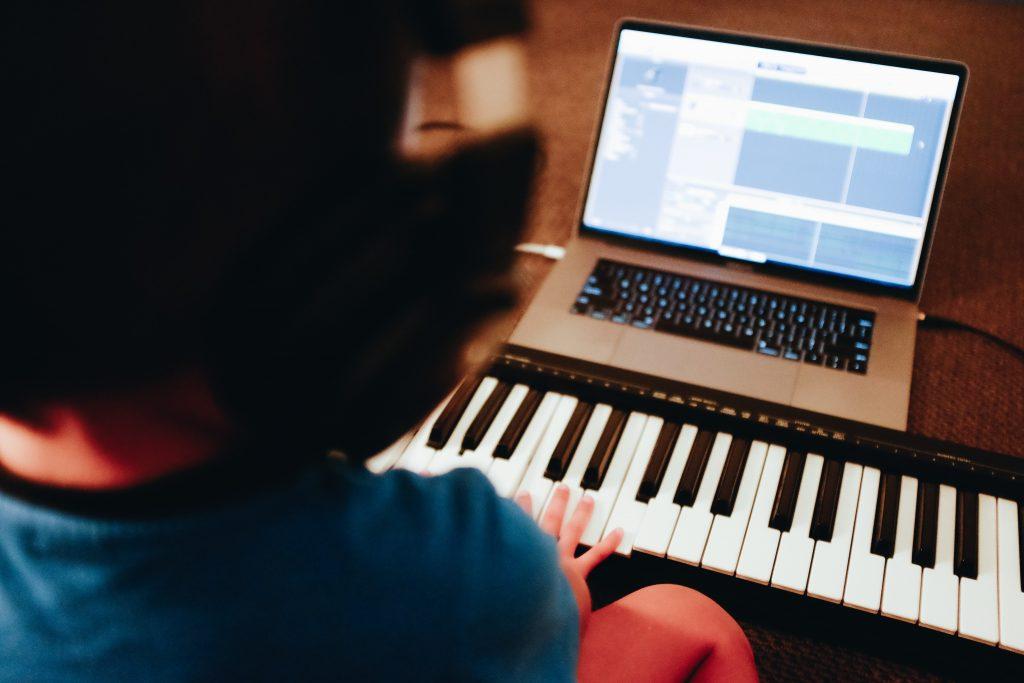 piano-electronico-beatpxm.com